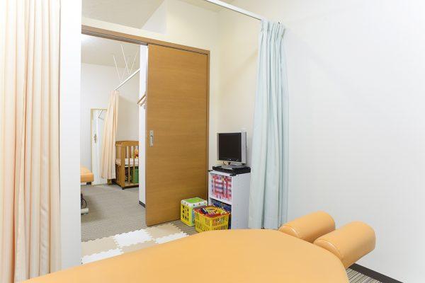 赤ちゃん、お子様二人以上お連れの方も安心。2つの部屋を一度に使えます。